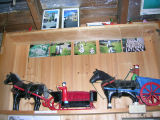 Charlie Pearcey's Twine Store - Horse and carriage figurines