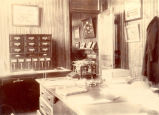 ''Shipping Office, 1904.''